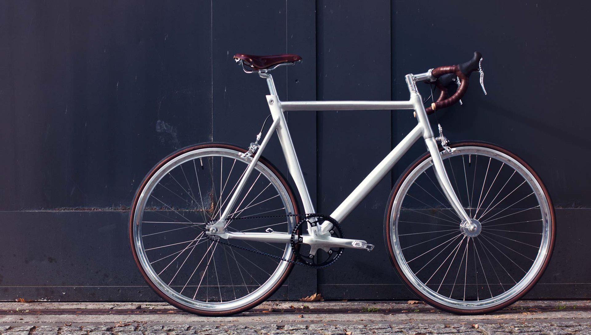 Endo: Le porte vélo mural stylé