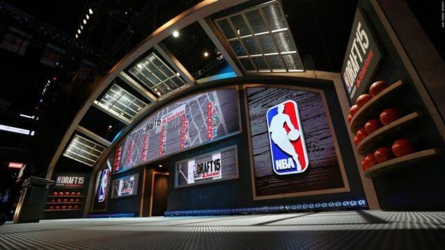 Beside Sport - La Draft NBA, ça ressemble à quoi? -