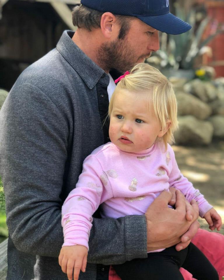Beside Sport - Ces sportifs qui ont perdu un enfant tragiquement - Le skieur américain le plus titré de l'histoire a perdu sa petite Emmy et est littéralement dévasté. -