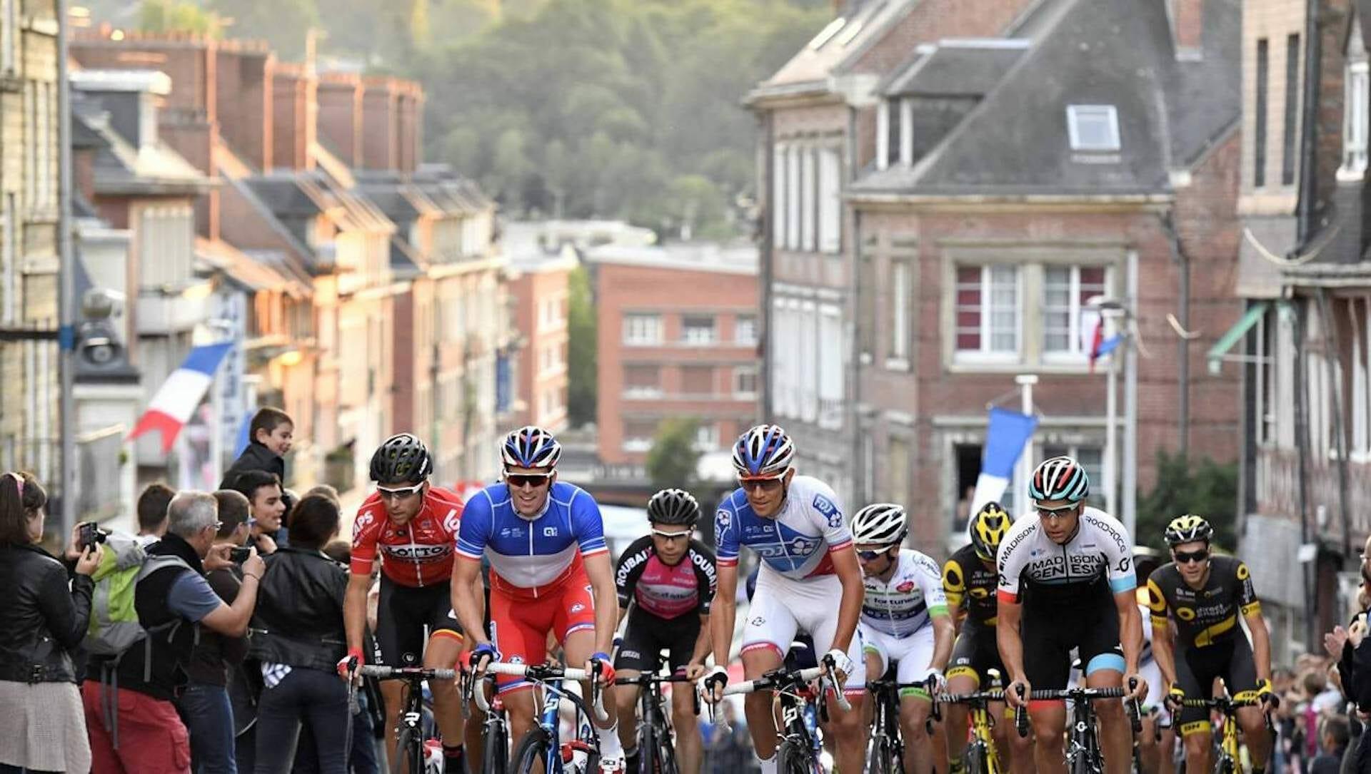 Beside Sport - Focus sur les critériums d'après Tour de France -