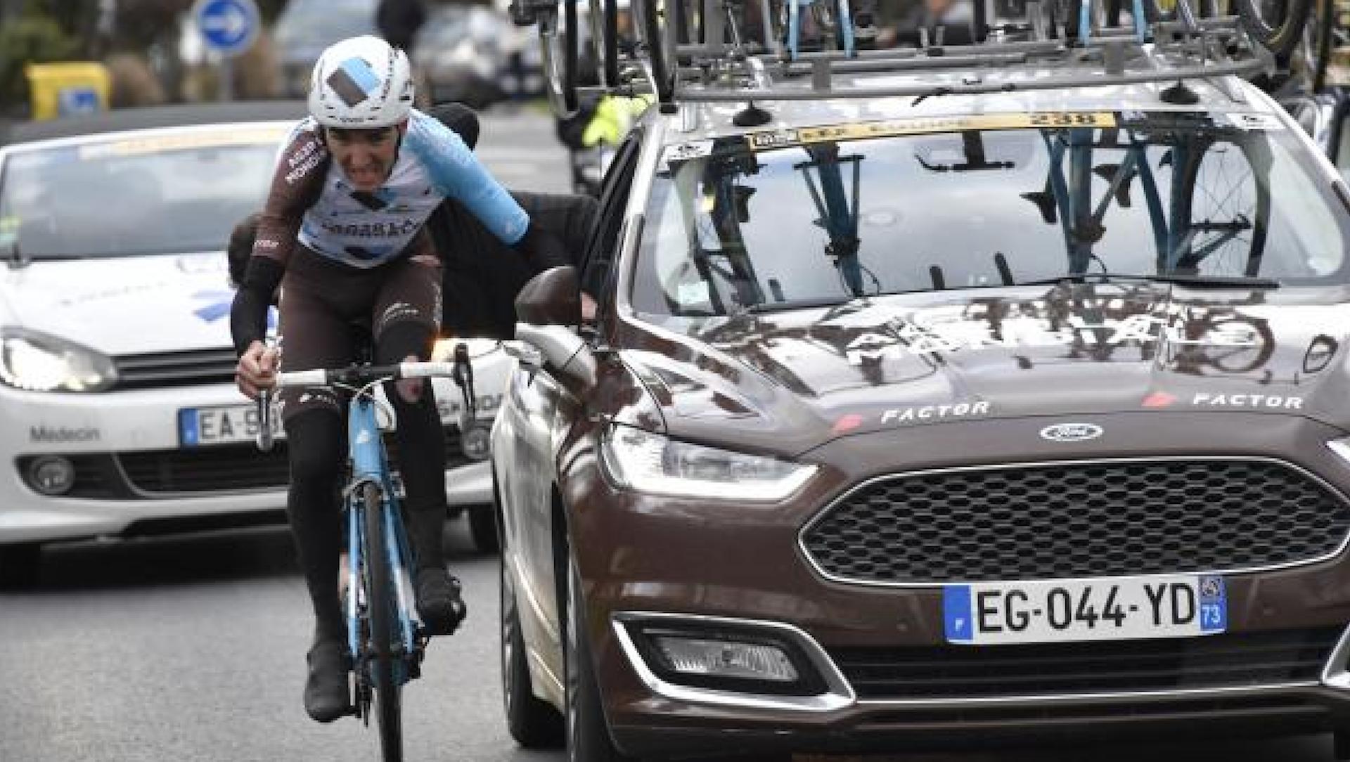 Comment peut-on se faire exclure d'une course cycliste?