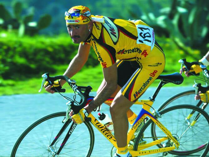 Beside Sport - Les maillots mythiques des équipes du Tour de France -  -