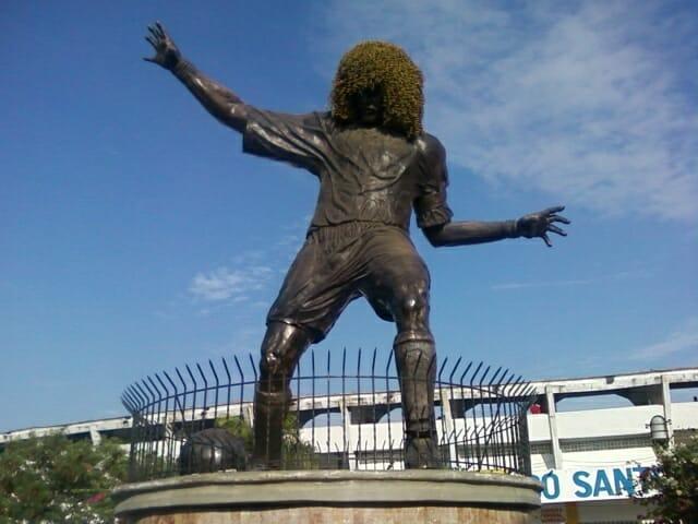 Beside Sport - Ces footballeurs immortalisés en statues -  -