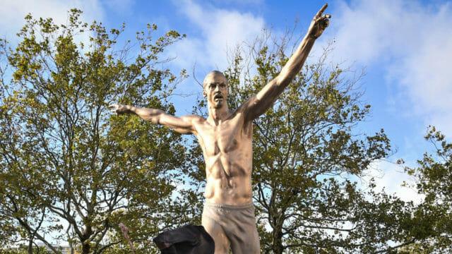 Beside Sport - Ces footballeurs immortalisés en statues -