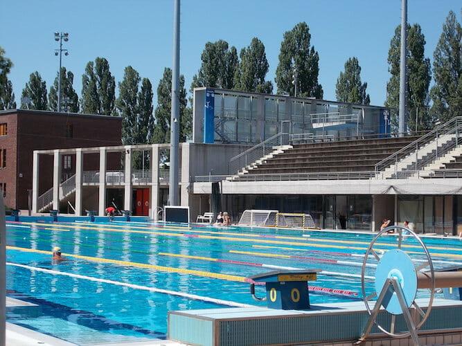 Beside Sport - Mais pourquoi la Hongrie est-elle aussi forte en natation? -  -
