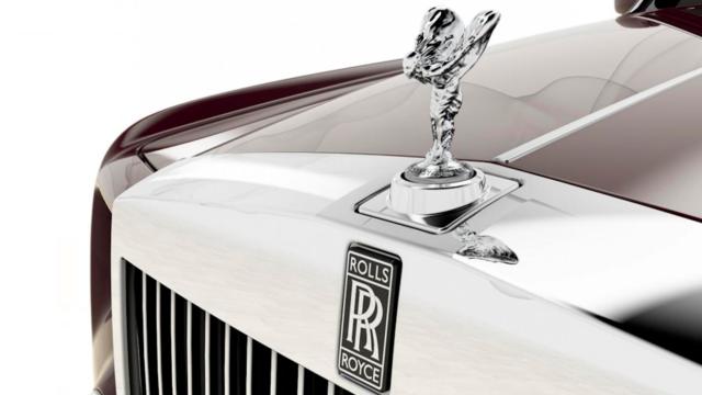 Retour sur l'évolution des logos des marques de voiture