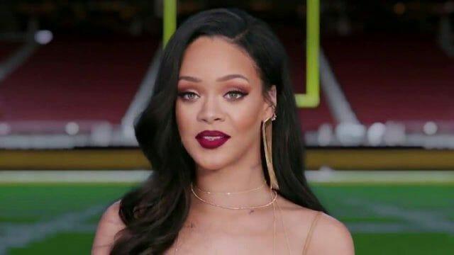 Beside Sport - Ces stars de la chanson qui n'ont pas goûté au Super Bowl -
