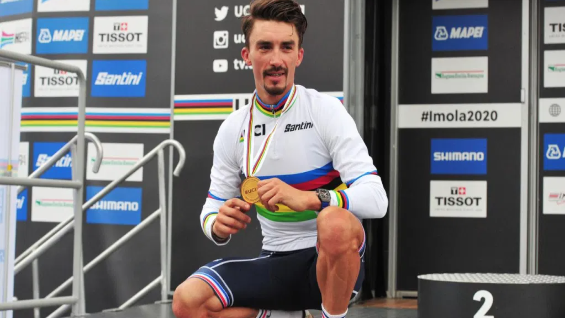Beside Sport - Pourquoi le maillot de champion du monde de cyclisme est appelé arc-en-ciel? -
