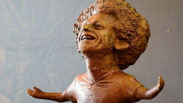 Ces statues de footballeurs complètement ratées