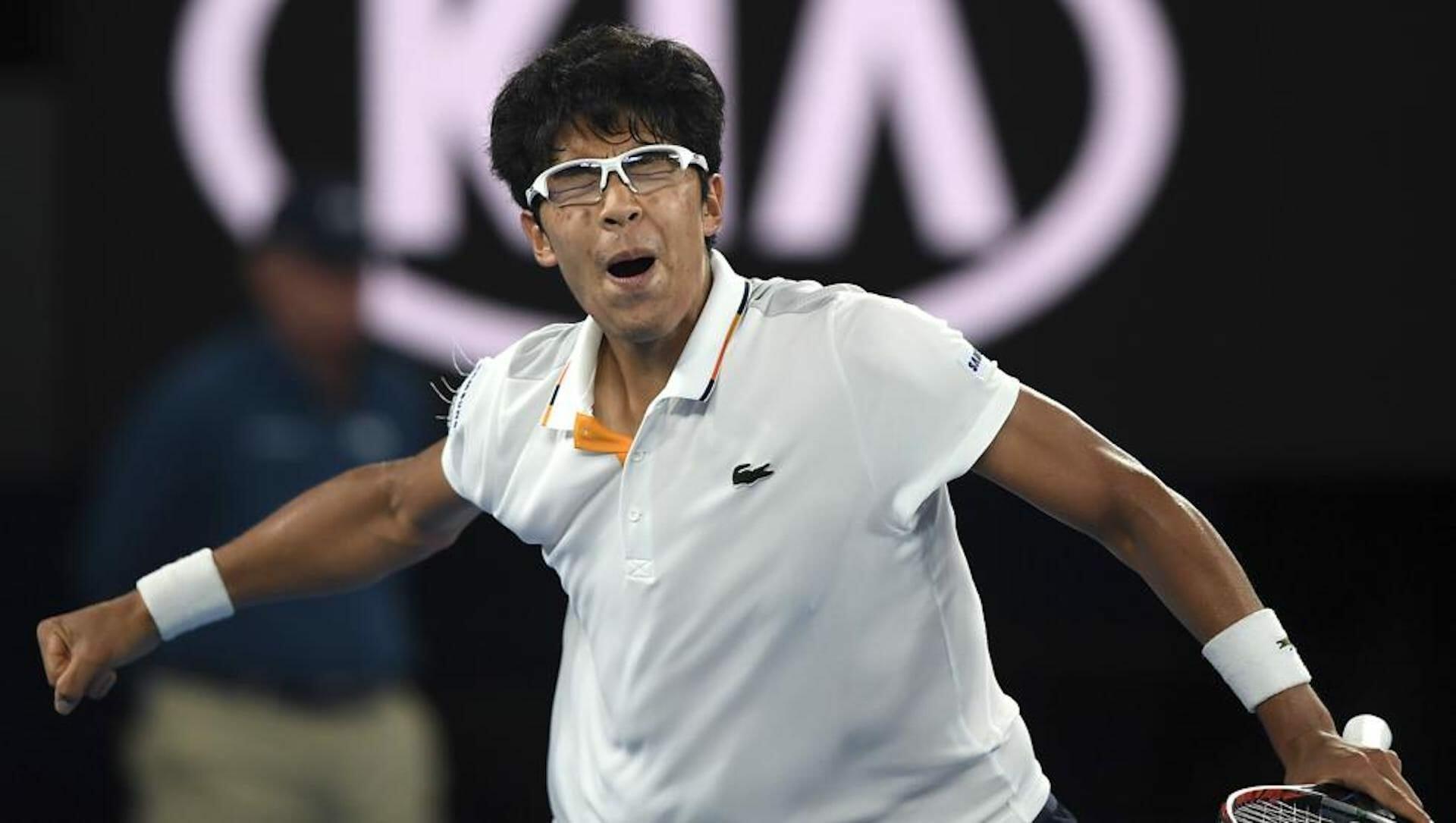 Peut-on porter des lunettes sur les courts de tennis?