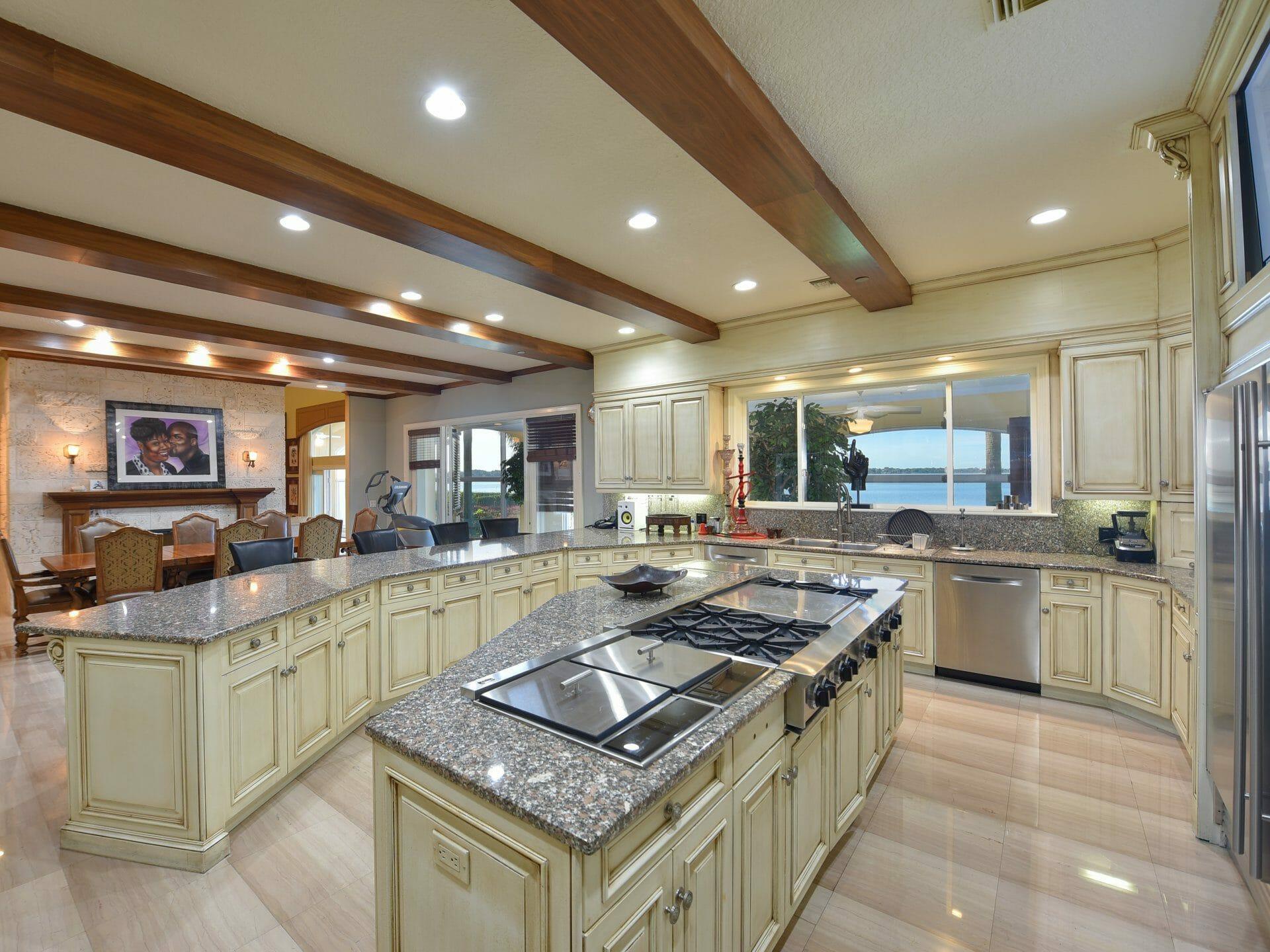 Beside Sport - Shaquille O'Neal vend sa maison floridenne pour 22 millions de dollars -  -