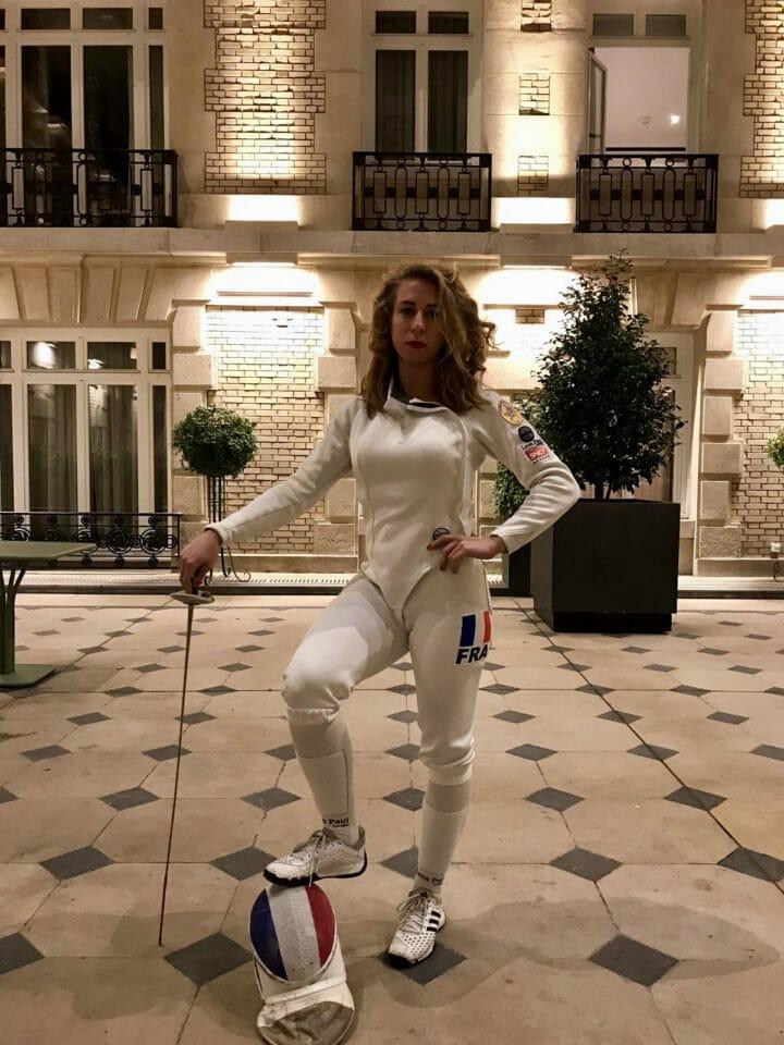 Beside Sport - Pauline Ranvier persiste et signe de la pointe de son fleuret -  -