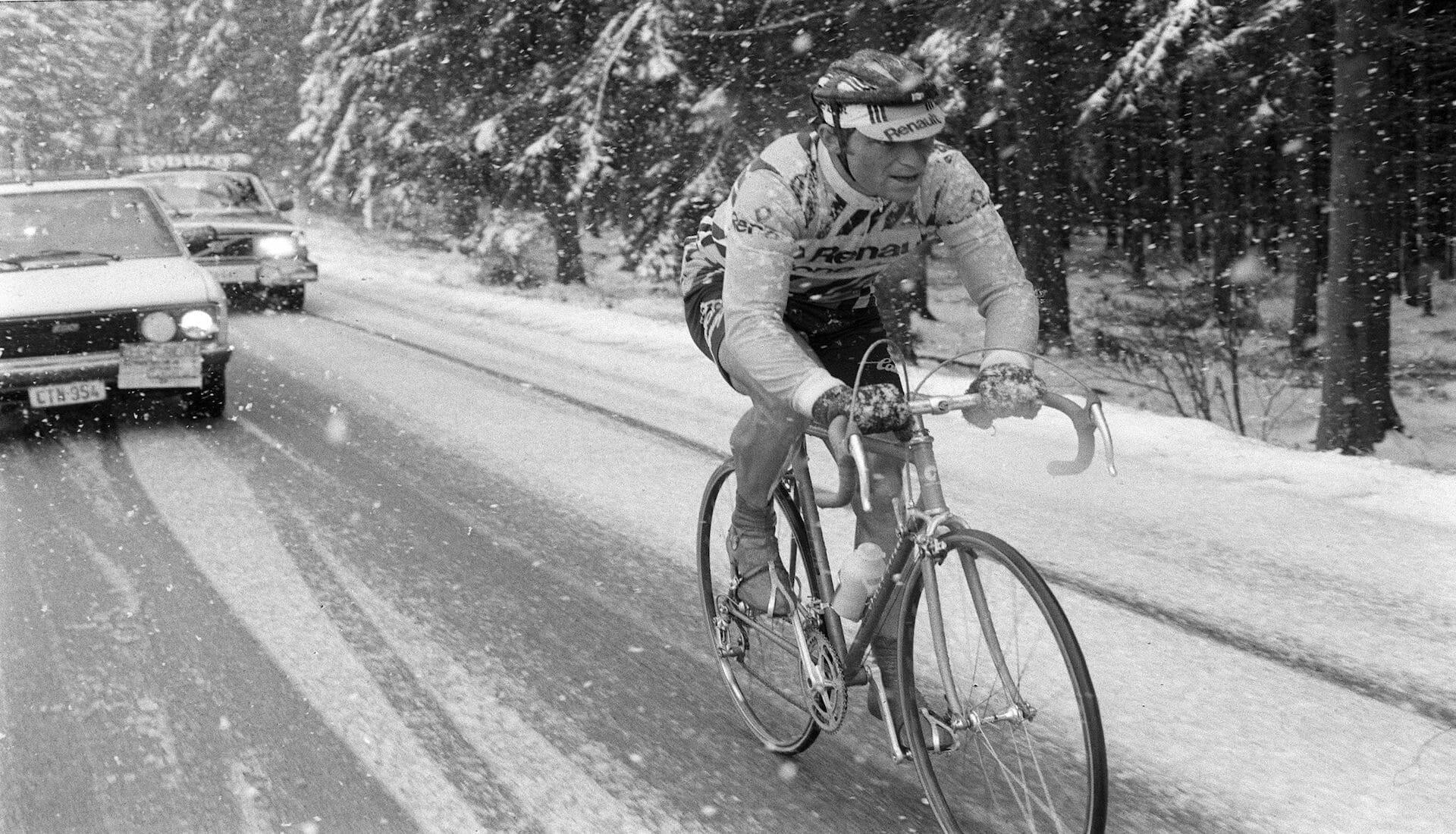 Quand Bernard Hinault remportait Liège-Bastogne-Liège sous la neige