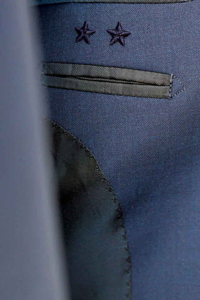 Beside Sport - Smalto dévoile sa tenue de ville «2 Etoiles» -  -