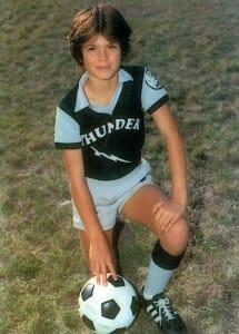 Beside Sport - Retour sur une légende du sport: Mia Hamm, une femme aux pieds d'or! - Mia a 10 ans -