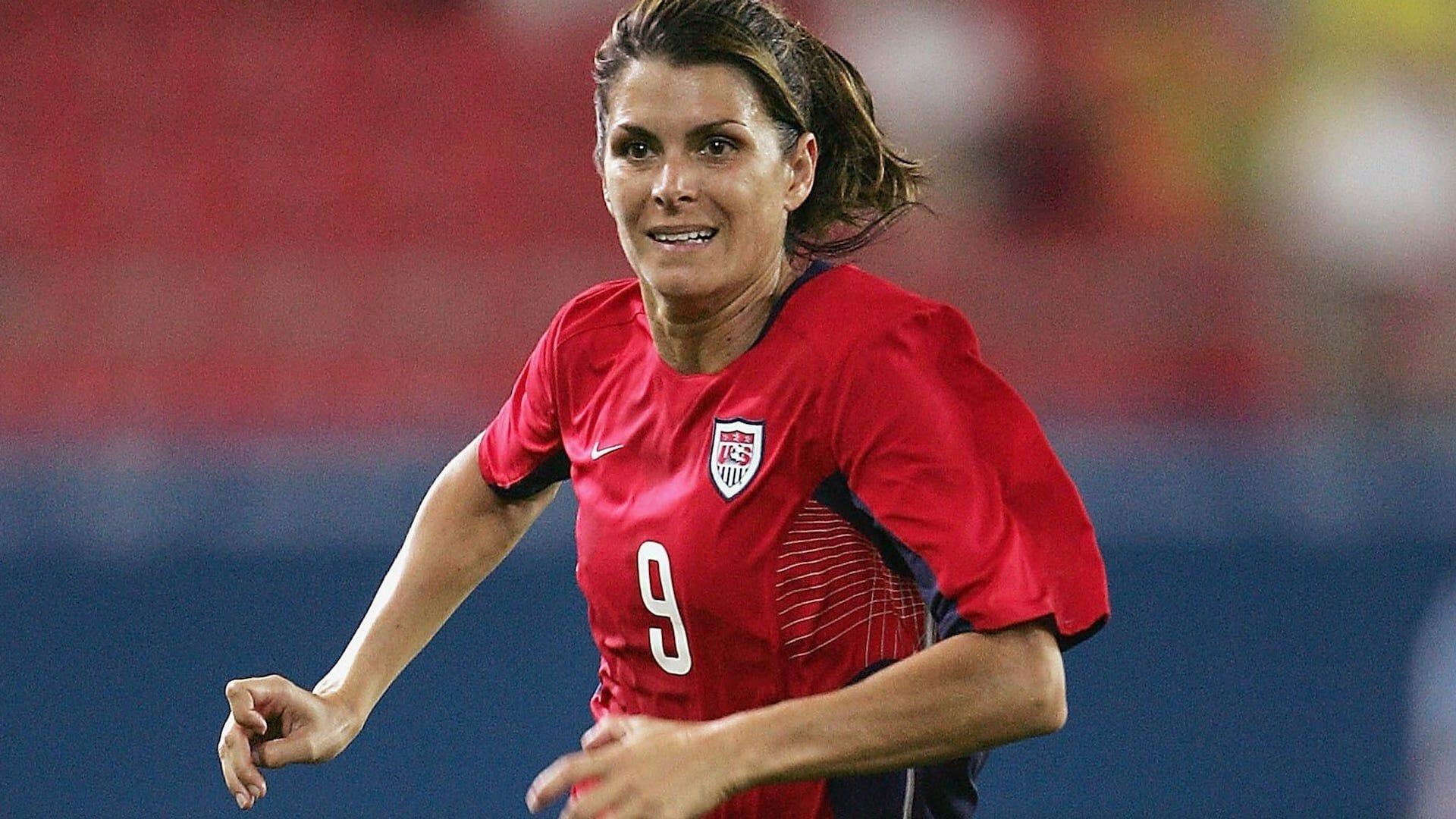 Retour sur une légende du sport: Mia Hamm, une femme aux pieds d'or!