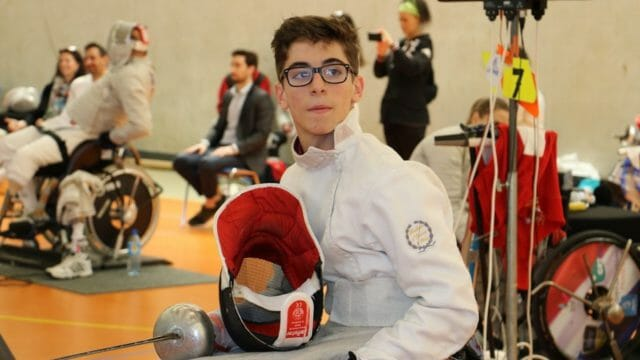 Beside Sport - Enzo Giorgi, le futur de l'escrime handisport française -