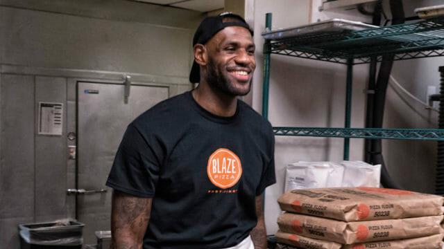 Beside Sport - Ces sportifs qui investissent dans les fast food -