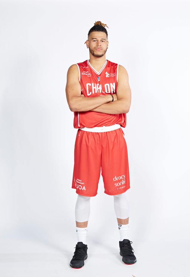 Beside Sport - Mathis Dossou-Yovo, le rebond du basket français -  -