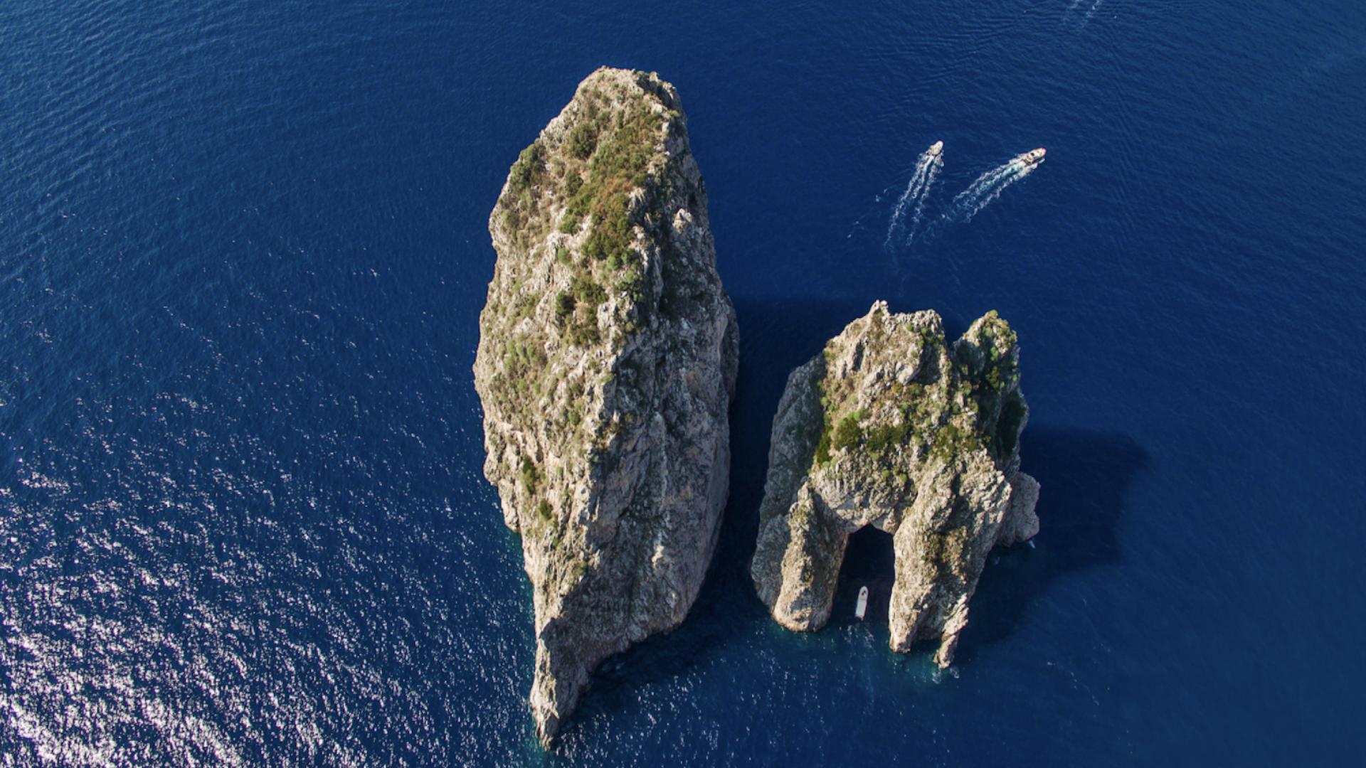 Capri l'Eternelle, voyage sur papier glacé